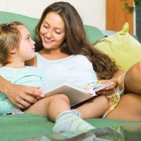 Čítanie kníh dieťaťu