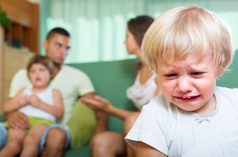 partnerská hádka pred deťmi