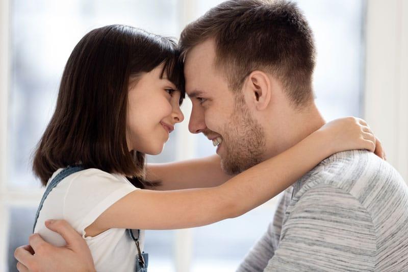 Objatie otec s dcérou