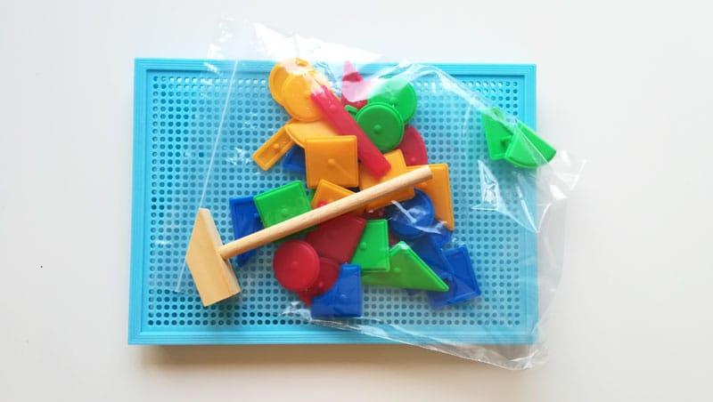 Pribíjacie tvary na doštičku obsah balenia