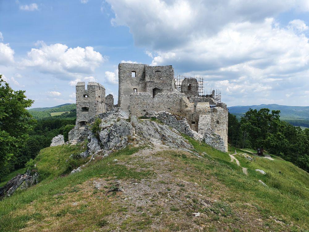Iný pohľad na hrad